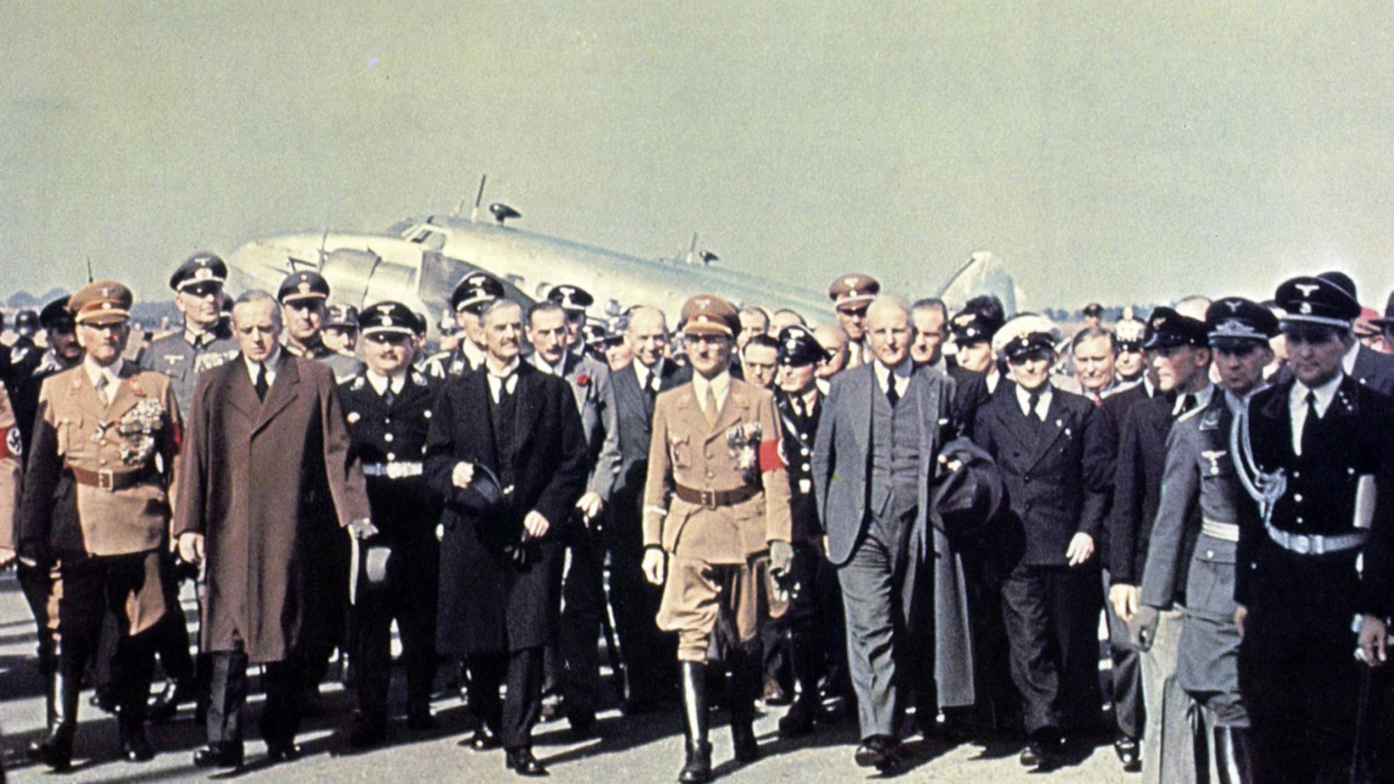 20 век в цвете. 1938 год. Мир на пороге войны 80 лет назад