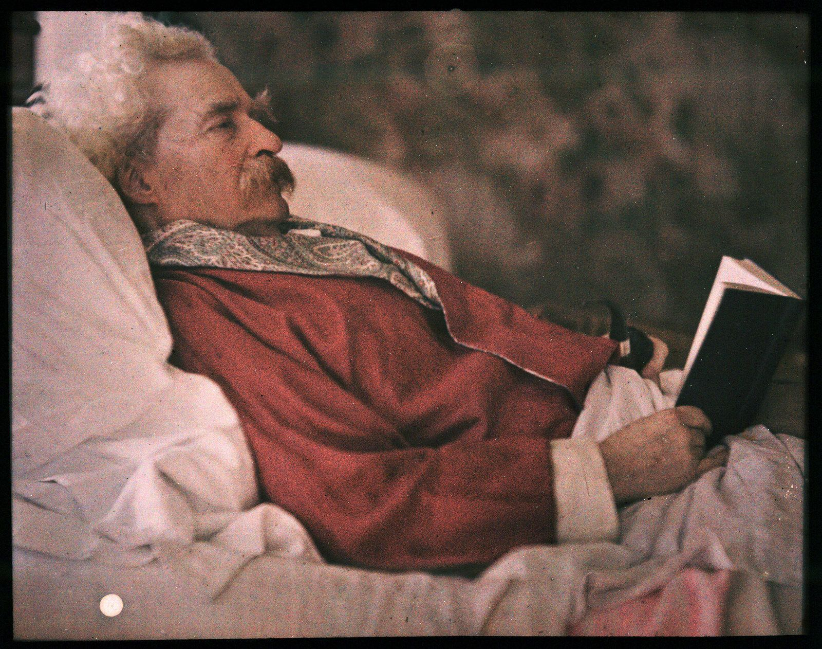 Autochrome of Mark Twain by Alvin Langdon Coburn, 1908