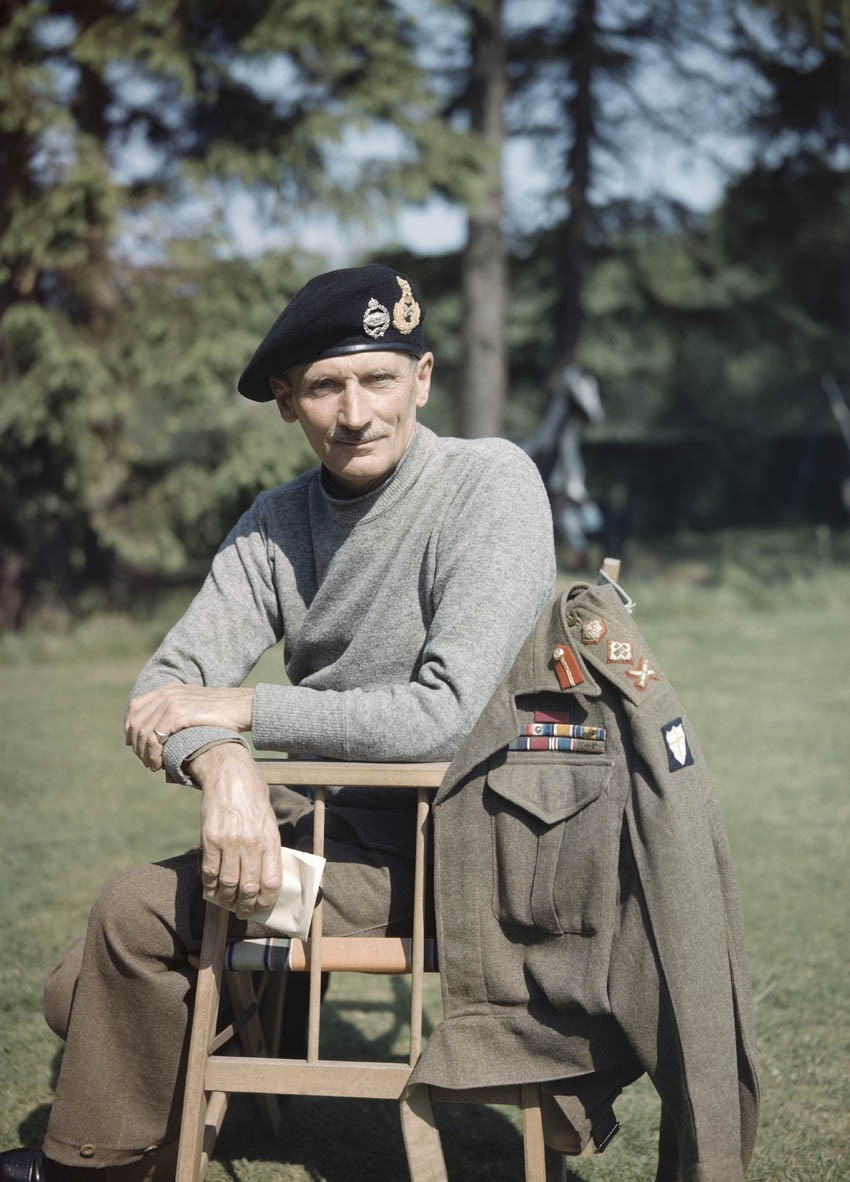 1943 General Sir Bernard Montgomery в Англии