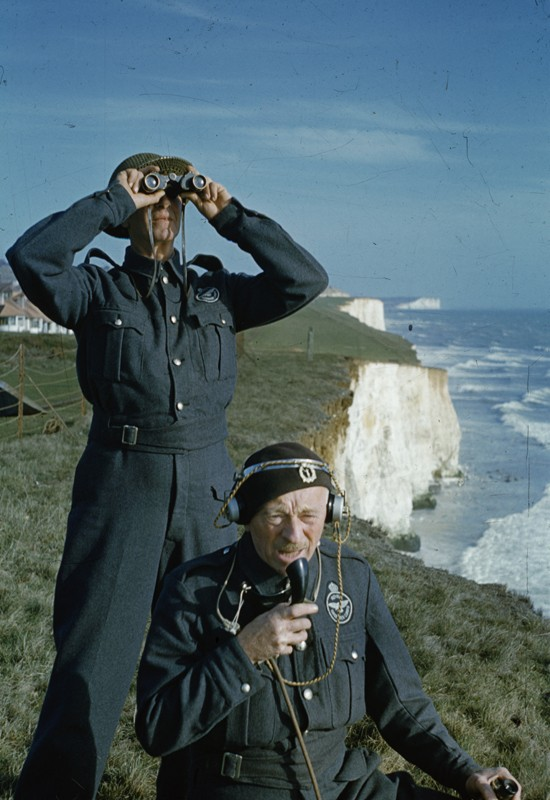 Two men of the Royal Observer Corps on a cliff top near Dover, 1943