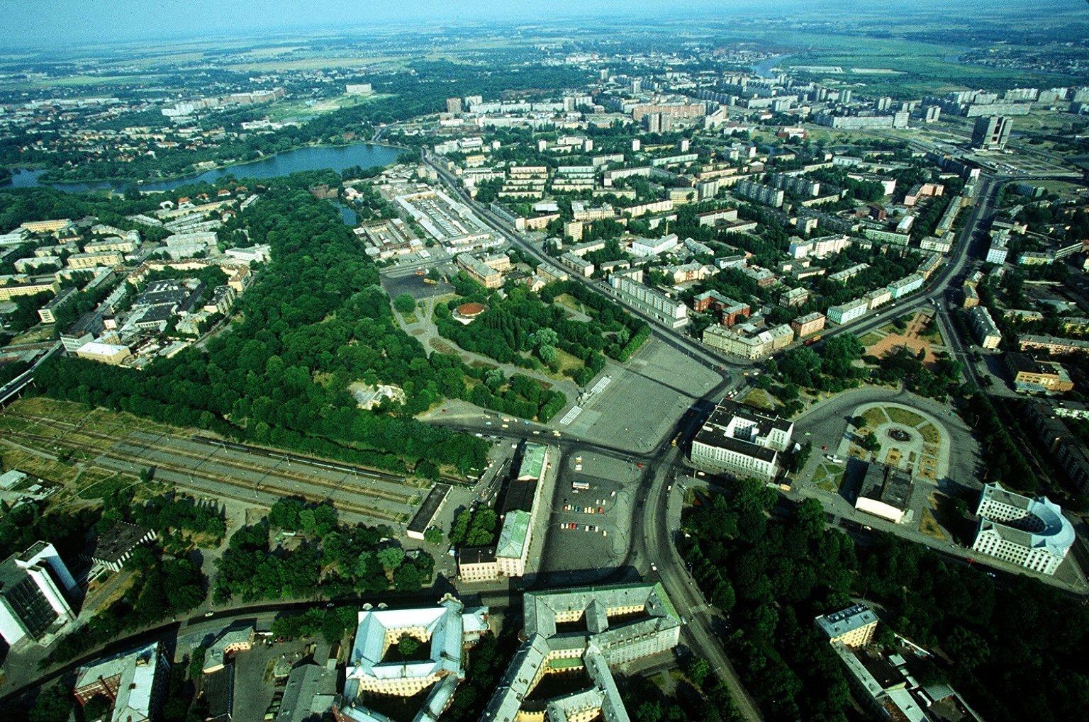 1994 Kaliningrad Innenstadt mit Nordbahnhofund Rathaus
