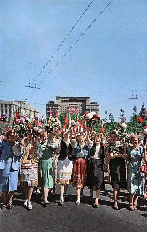 Праздничная Первомайская Москва, 1955 год