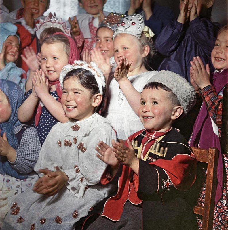 1957 Детский сад на Памире. Таджикистан. Никита Козловский