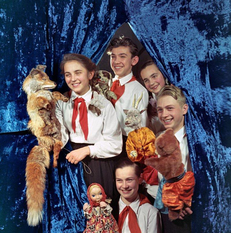 Киевский пионерский театр кукол, 1961 год