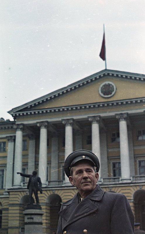 1957 Первый комиссар крейсера Аврора Александр Викторович Белышев. Васин С.И.