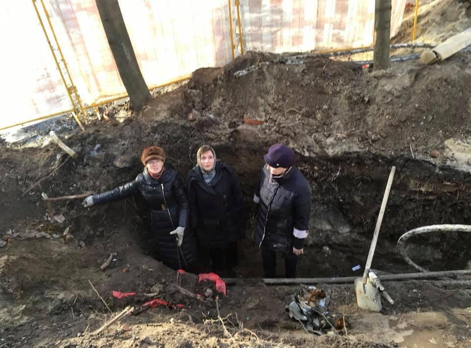 Окопная война в московском дворе