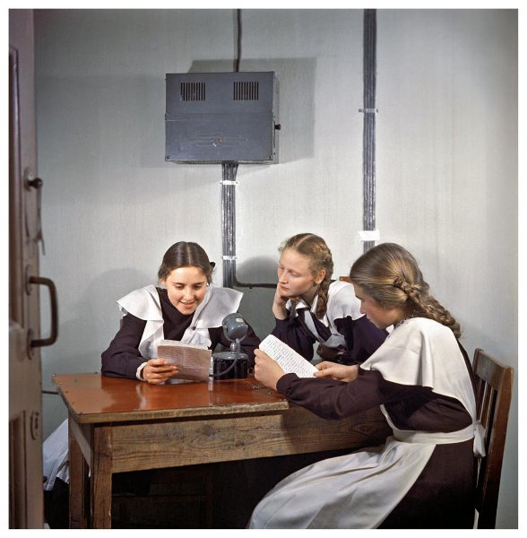 «Говорит школьный радиоузел». 1953 год