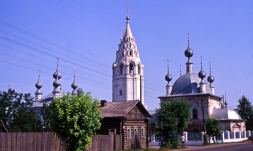 1999 Церкви Введения и Василия Великого