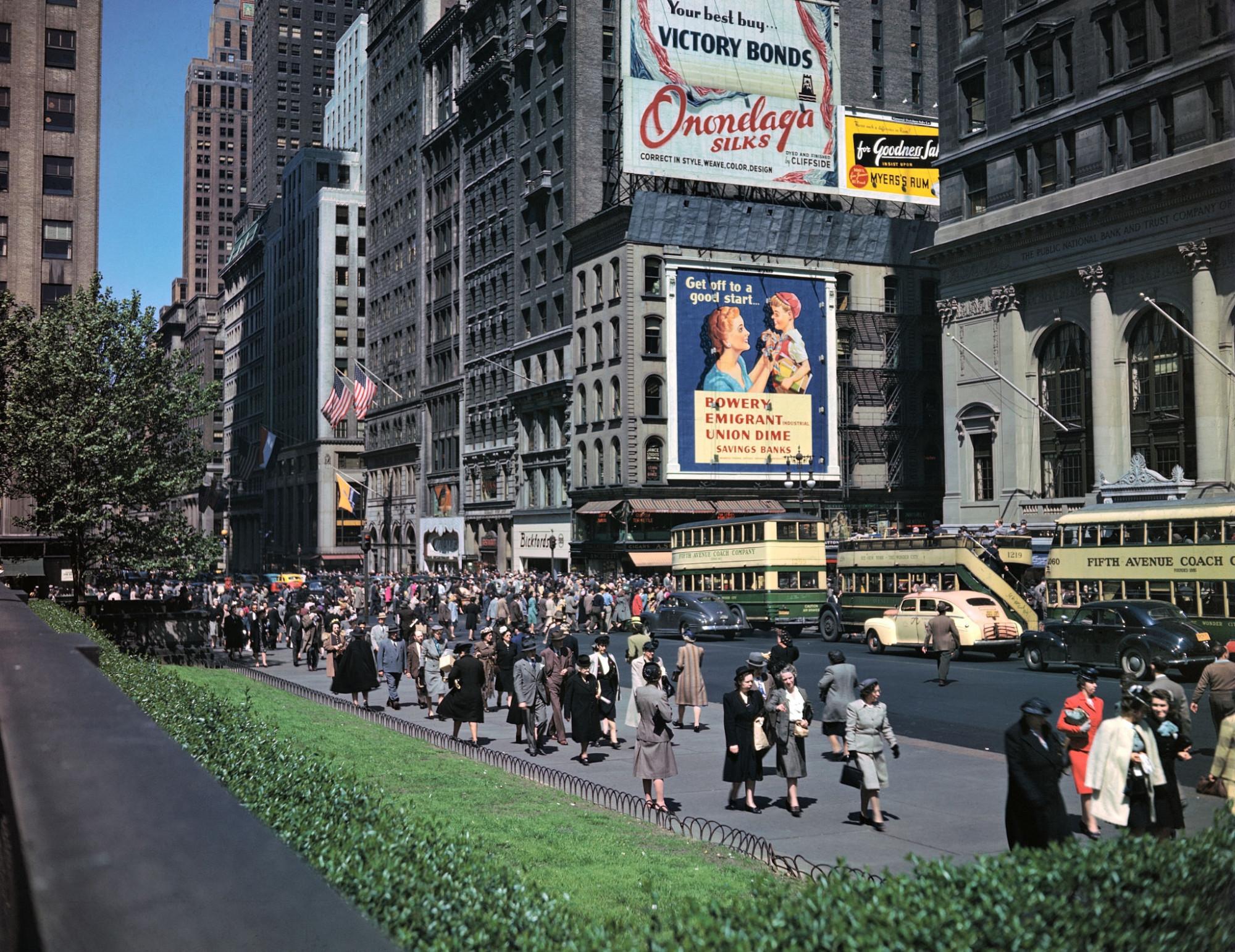 Улицы мира 70 лет назад. 1949 год