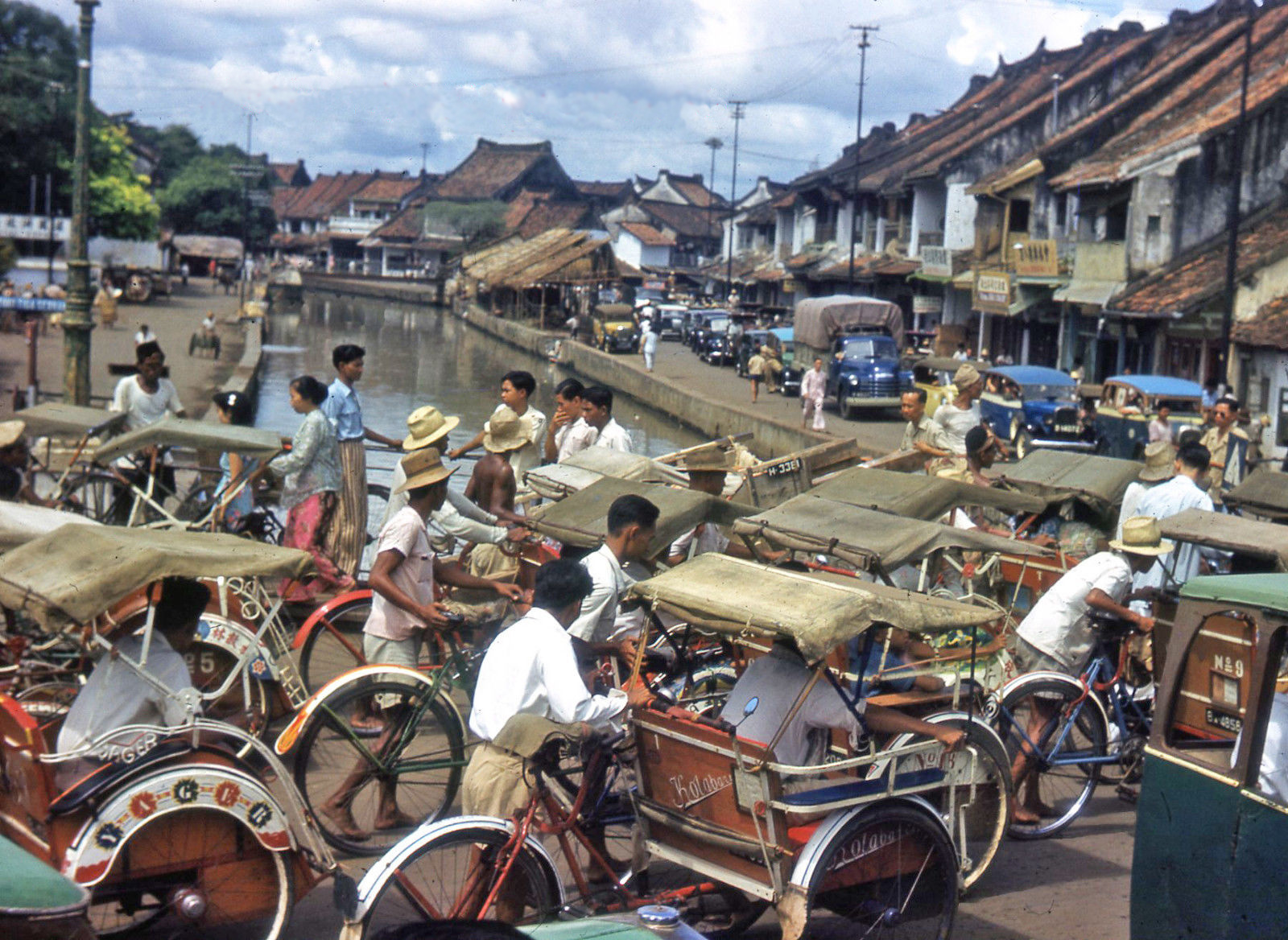 1949с Java Old Batavia Djakarta Street Scene Traffic