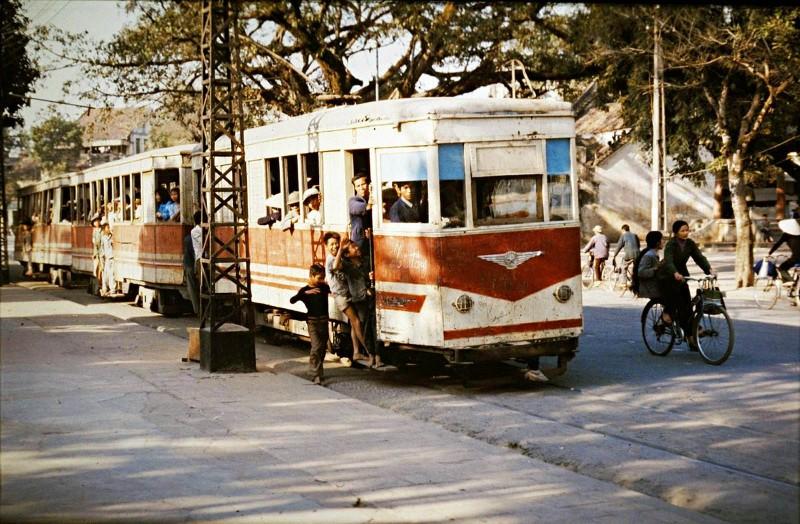 1979 Hanoi tram2