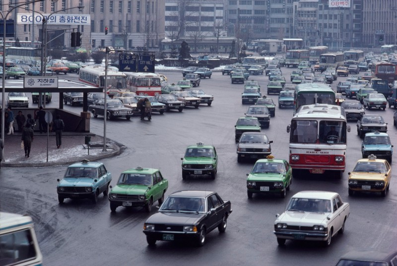 1979 Seoul City Hall Plaza by H. Edward Kim (National Geographic, Dec 1979)