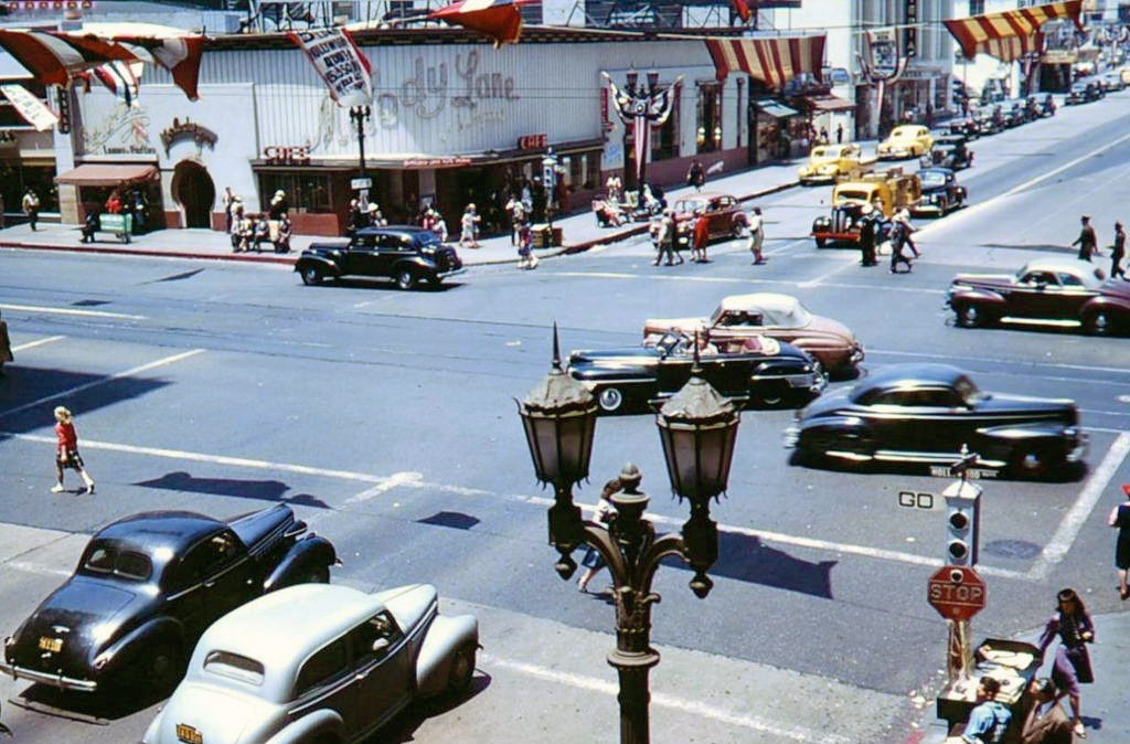 1944 LA Hollywood and Vine