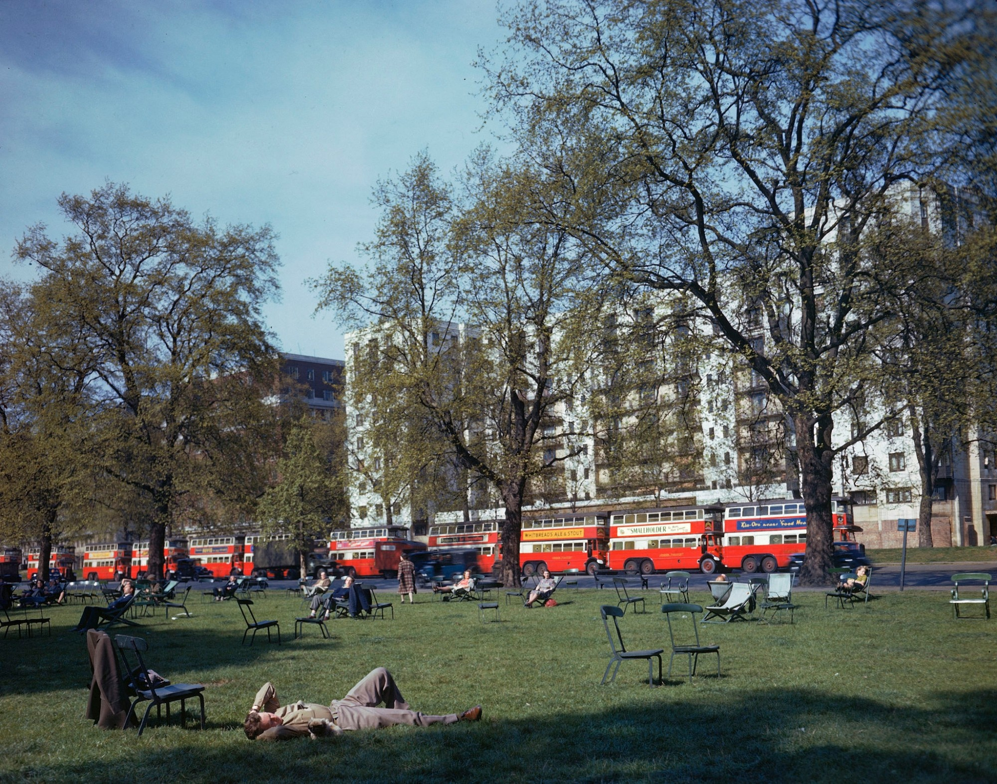 1944 London by Frank Scherschel2
