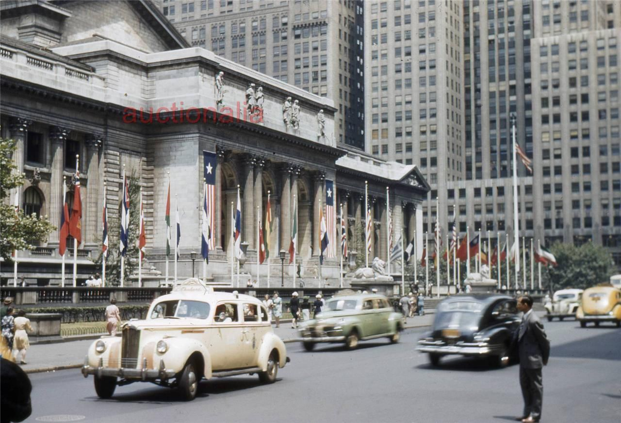 1944 New York Library Street Scene