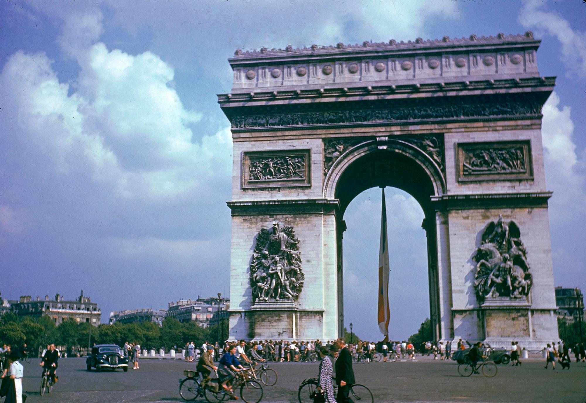 1944 Paris Frank Scherschel