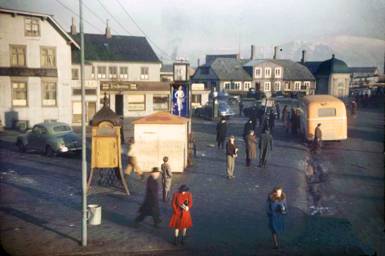 1944 Reykyavik by Ralph Morse2