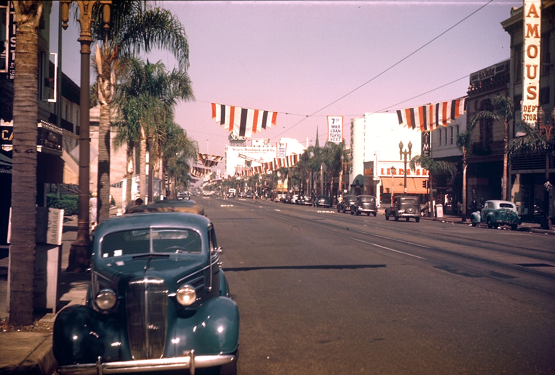 1944c LA