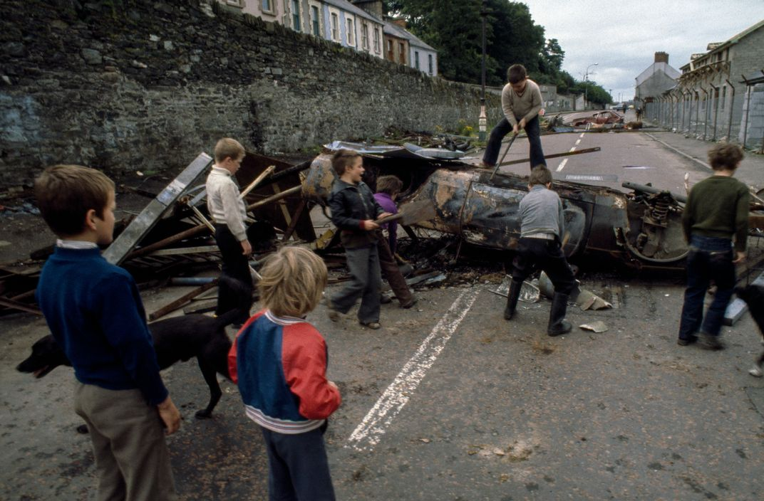 1979 Ten years after the arrival of British troops in the province. The barricades are once more dividing Catholics and Protestants in areas of Belfast and Londonderry by Peter Marlow