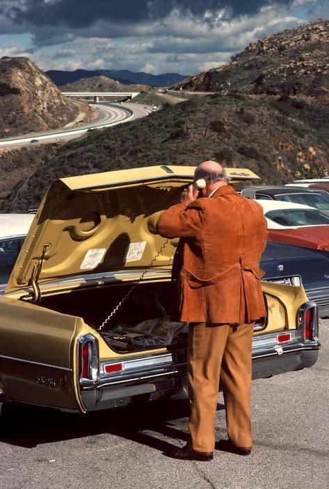 Звонок по мобильному, 1979 год, Калифорния
