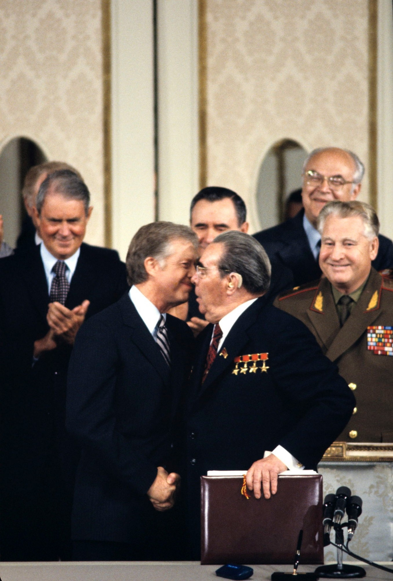 1979 Vienna Summit Between United States And Ussr Signature Of The Salt Ii Treaty On Disarmament