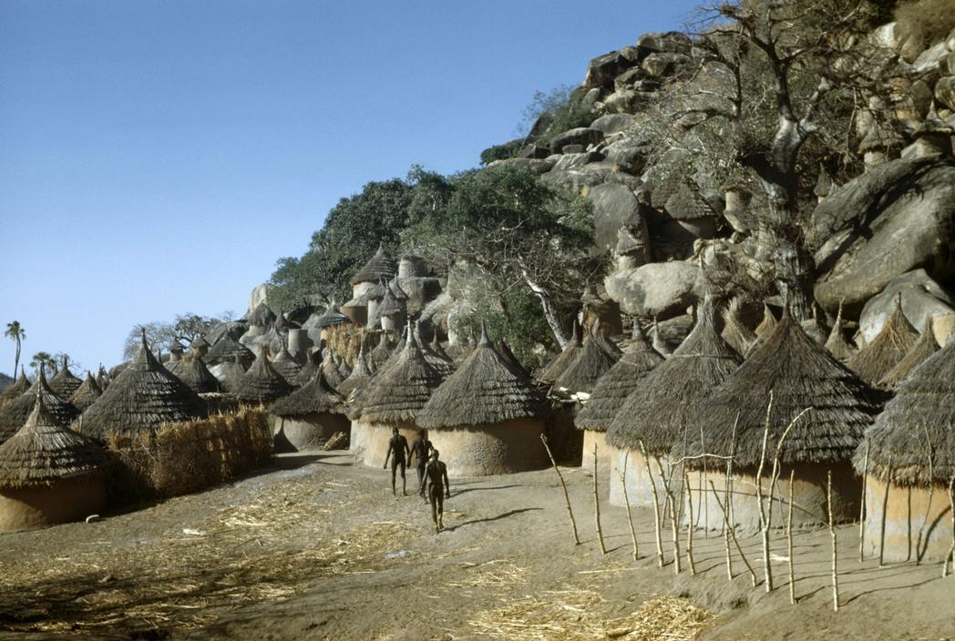 1949 George Rodger SUDAN Kordofan The Village of Kau