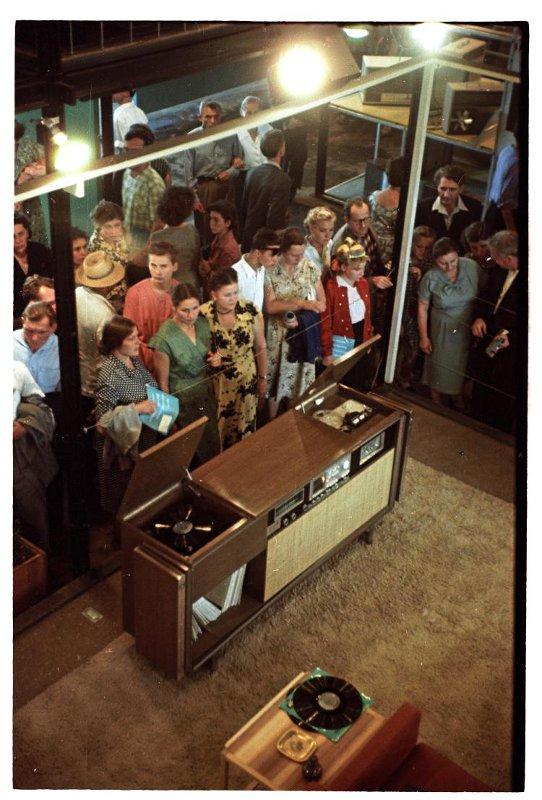 1959 Выставка промышленной продукции США в парке Сокольники. Представление музыкальной продукции