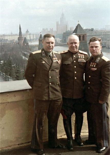 А.И. Покрышкин, Г.К. Жуков, И.Н. Кожедуб. Москва, Кремль, 1949 г.