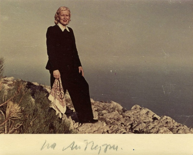 Любовь Орлова в Крыму, на вершине Ай-Петри. 1949 год