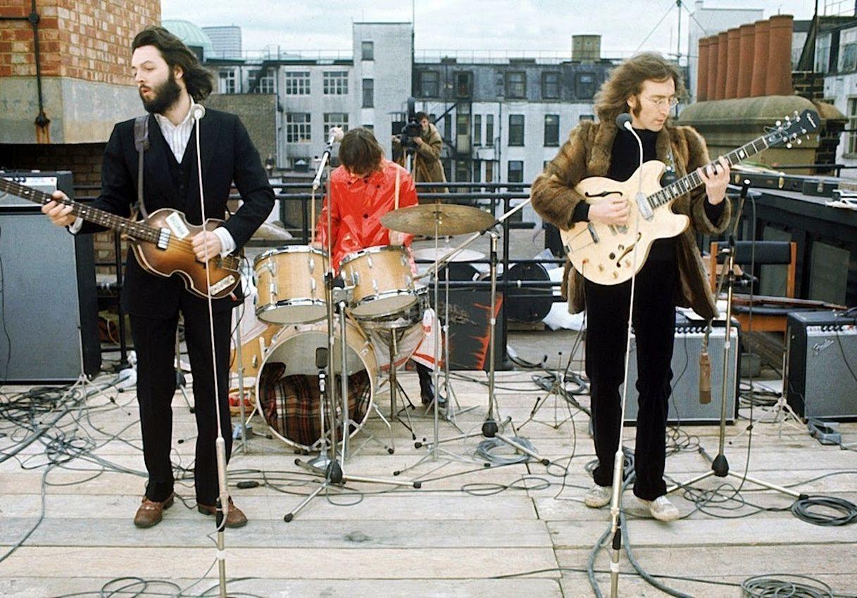 30 января 1969 года, The Beatles сыграли свой последний концерт, который был импровизированным и состоялся на крыше здания студии Apple Corps, на улице Севил-роу в Лондоне