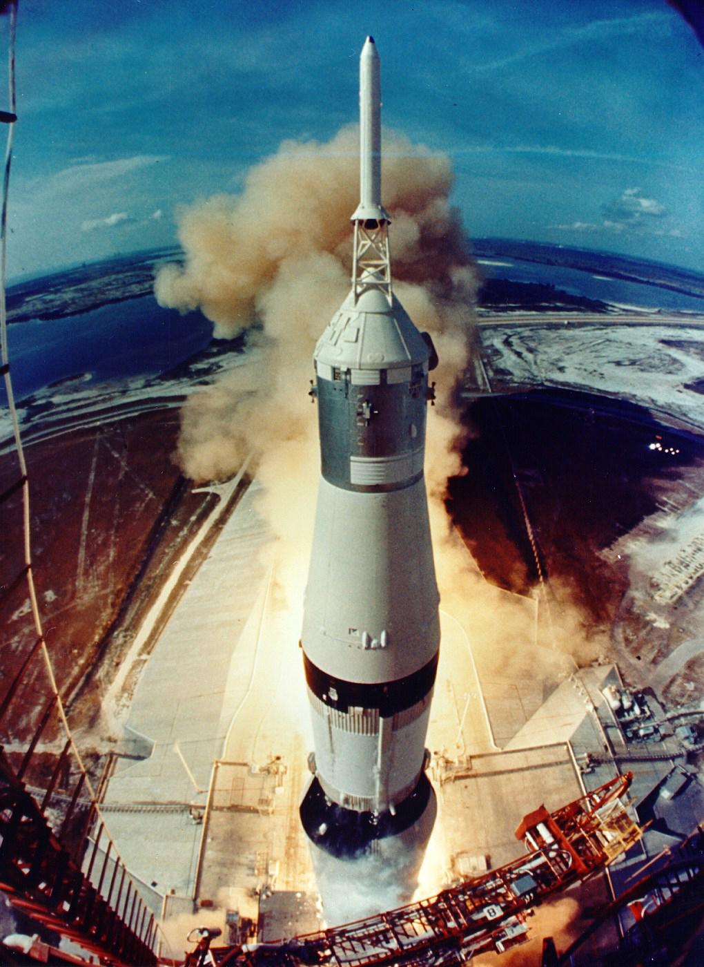 1969_16_july_Apollo_11