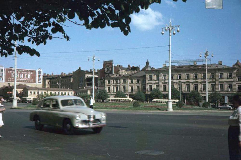 Цветные фотографии Москвы 1952 года И.Петкова. Часть 2