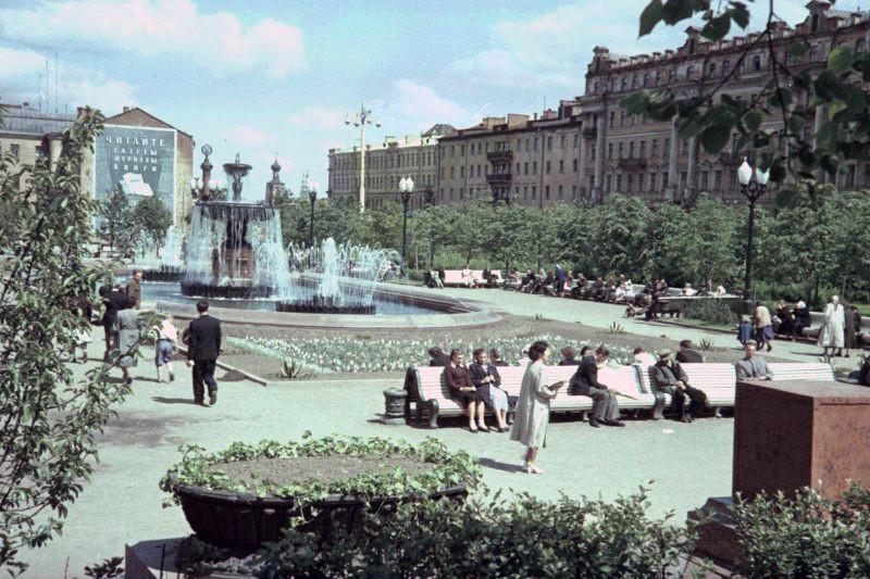 1952 Сквер на Пушкинской площади. И.Петков2