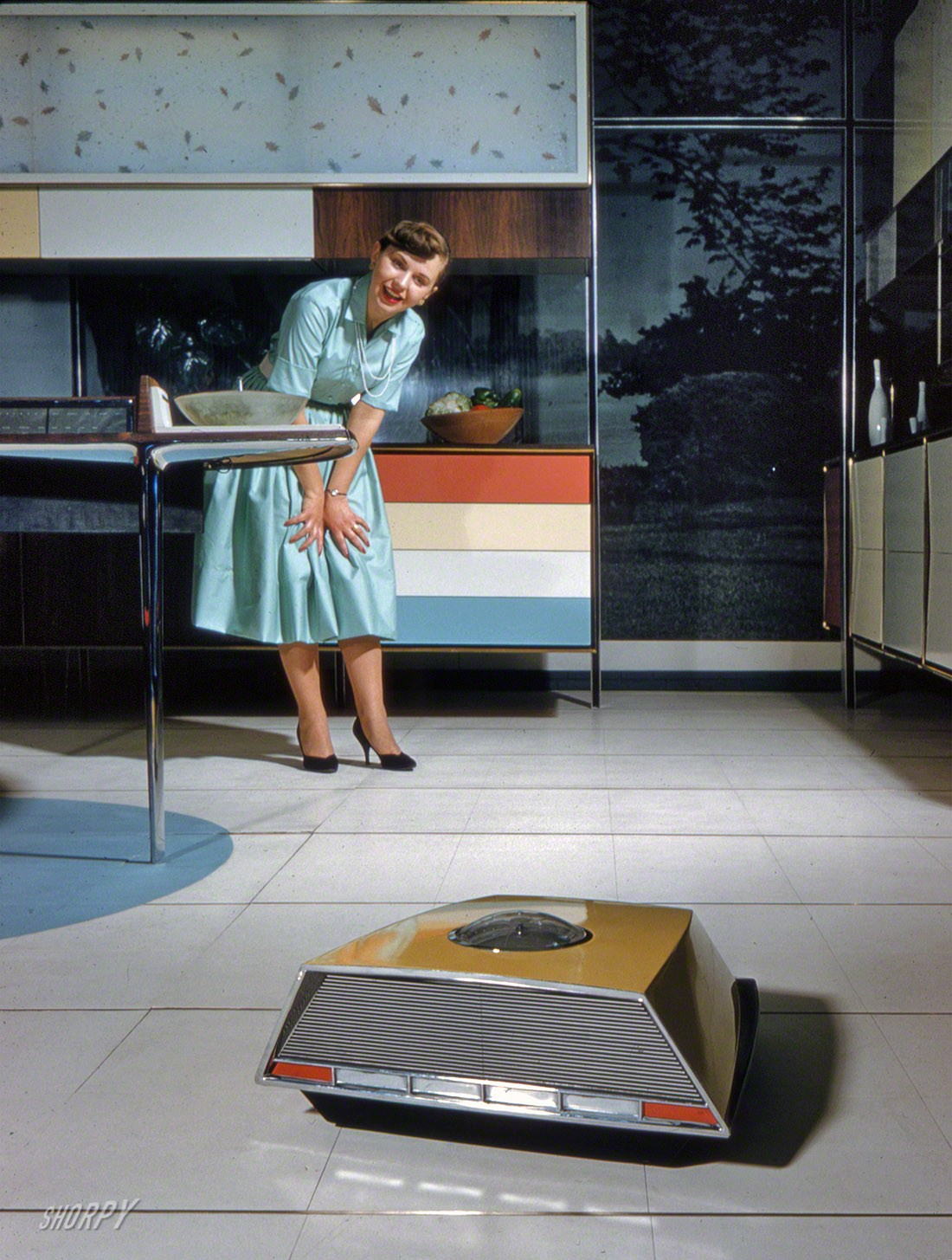 1959 Whirlpool Miracle Kitchen of the Future a display at the American National Exhibition in Moscow