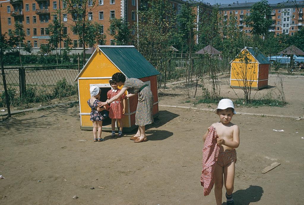 1959 Москва, Улица Строителей. J. Russell