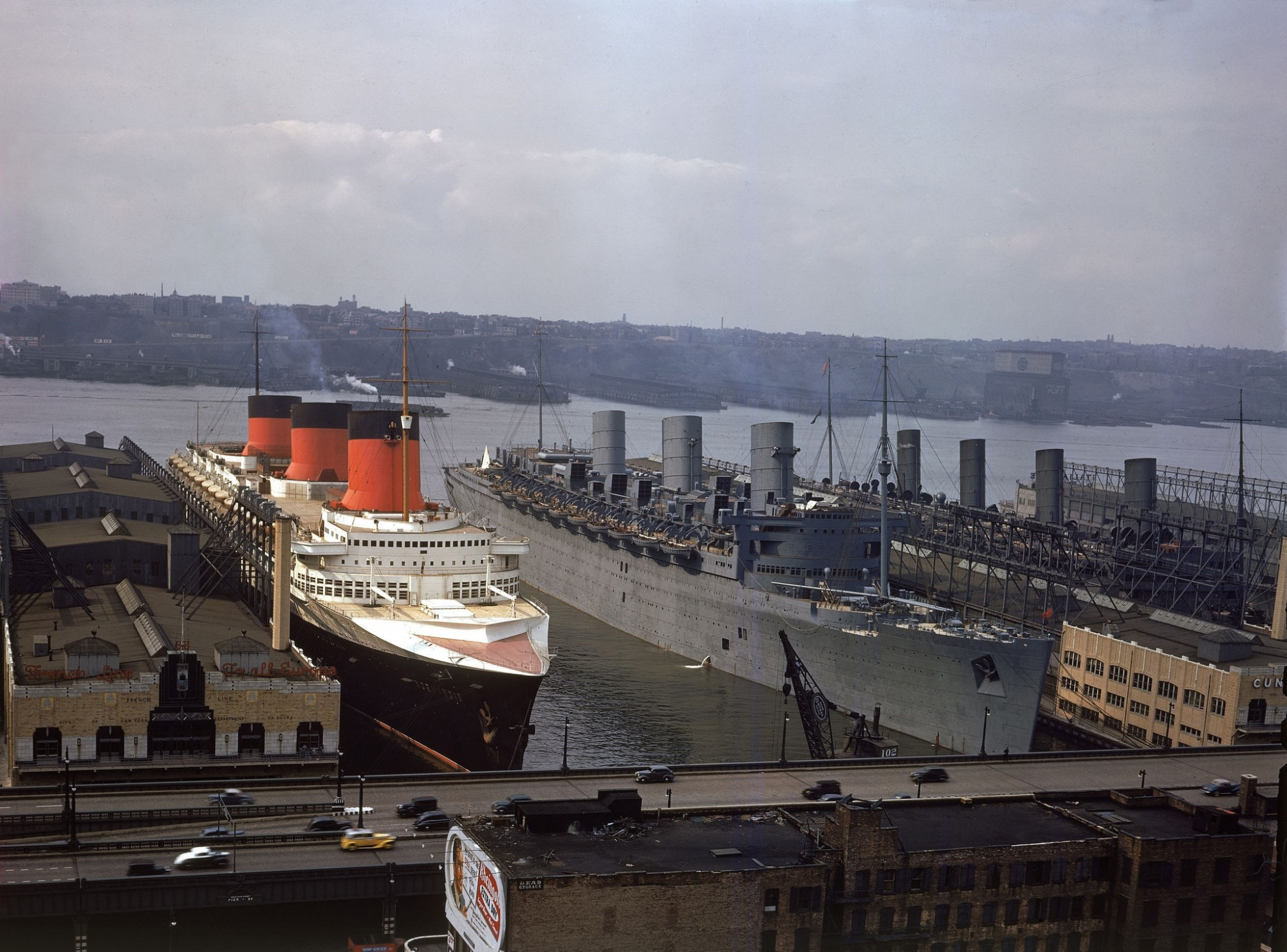 1939, november NY View of two ocean liners, the French SS Normandie (left) and the British RMS Queen Mary