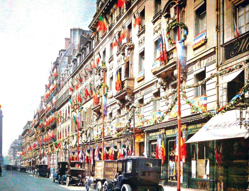 1919 Rue de la Paix on July 13th