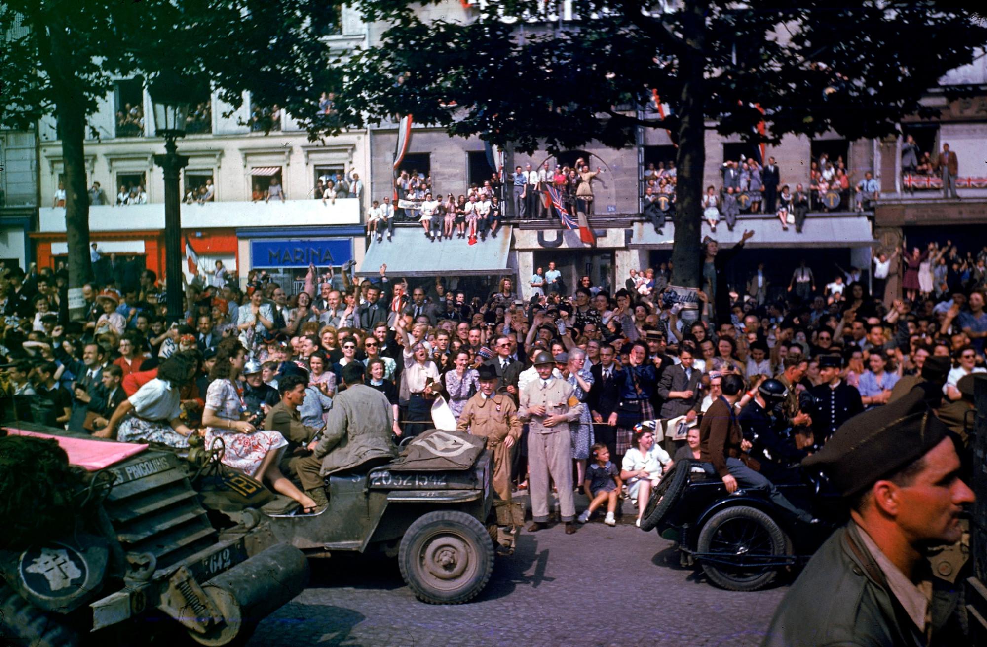 1944 Paris august 26 Frank Scherschel