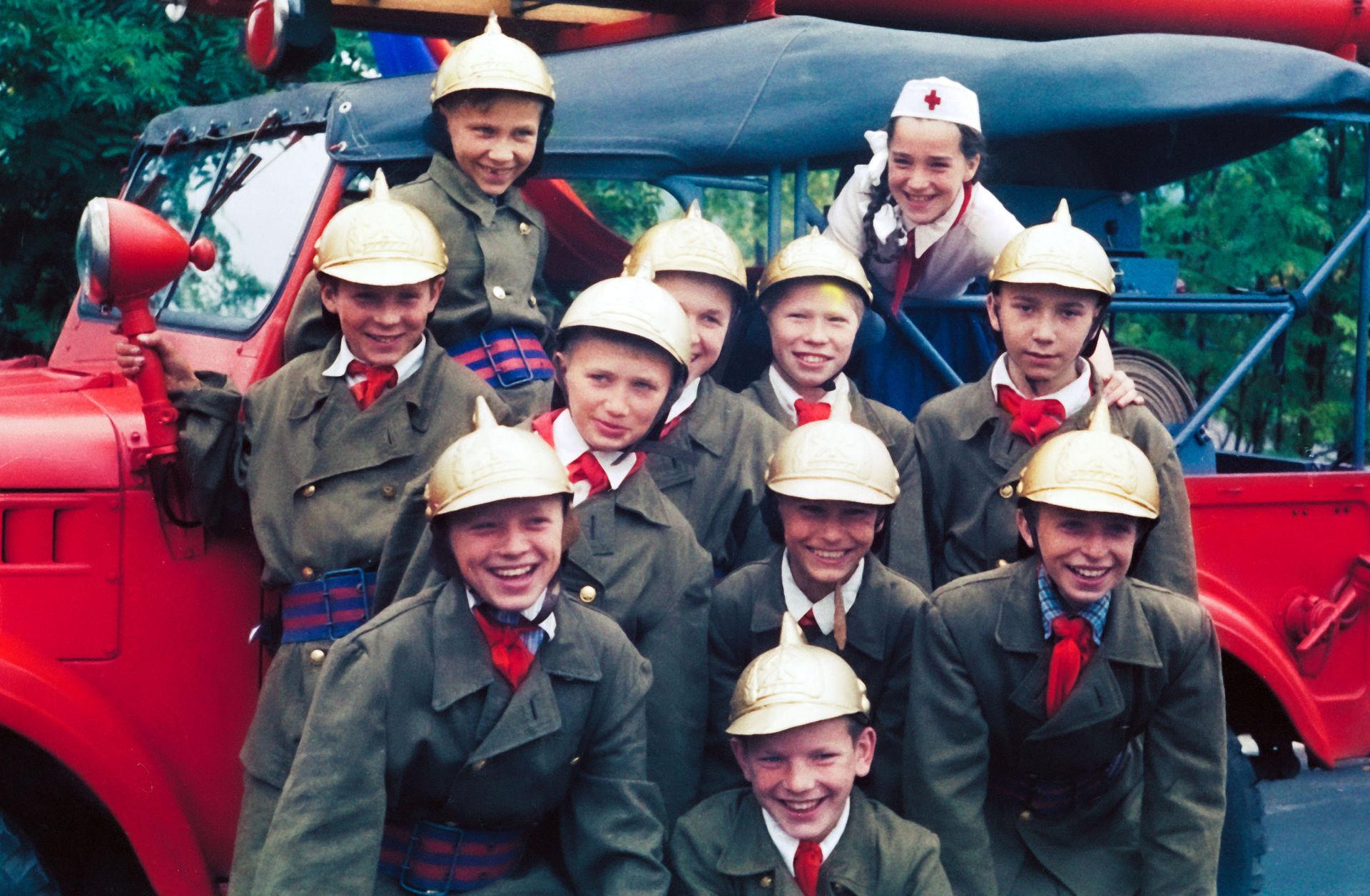 1958 рябята из кружка юных пожарных Московского городского дома пионеров и октябрят. И.Гольдберг