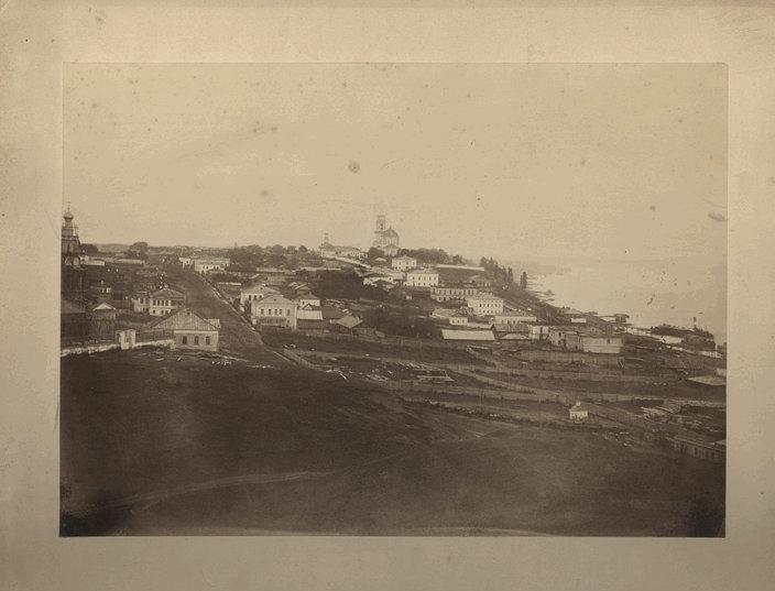 1869 Панорама города с Горок. Улица Торговая