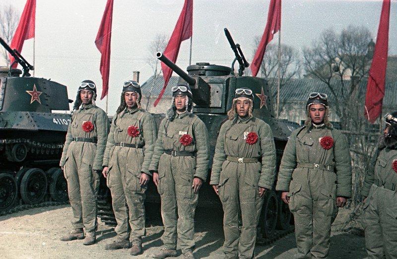 1949 Танкисты Народно-освободительной армии Китая (НОА)