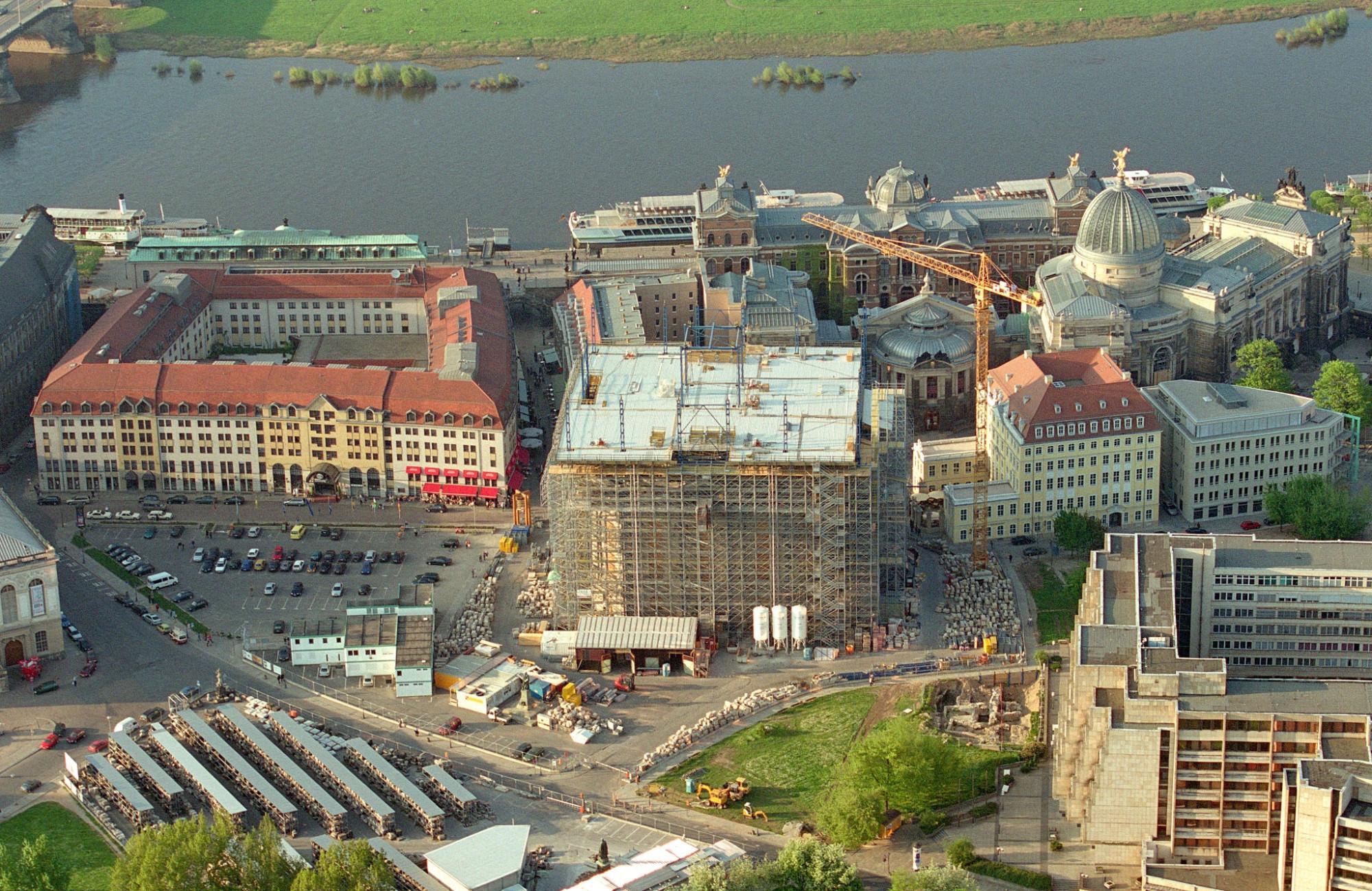 2000 Dresden