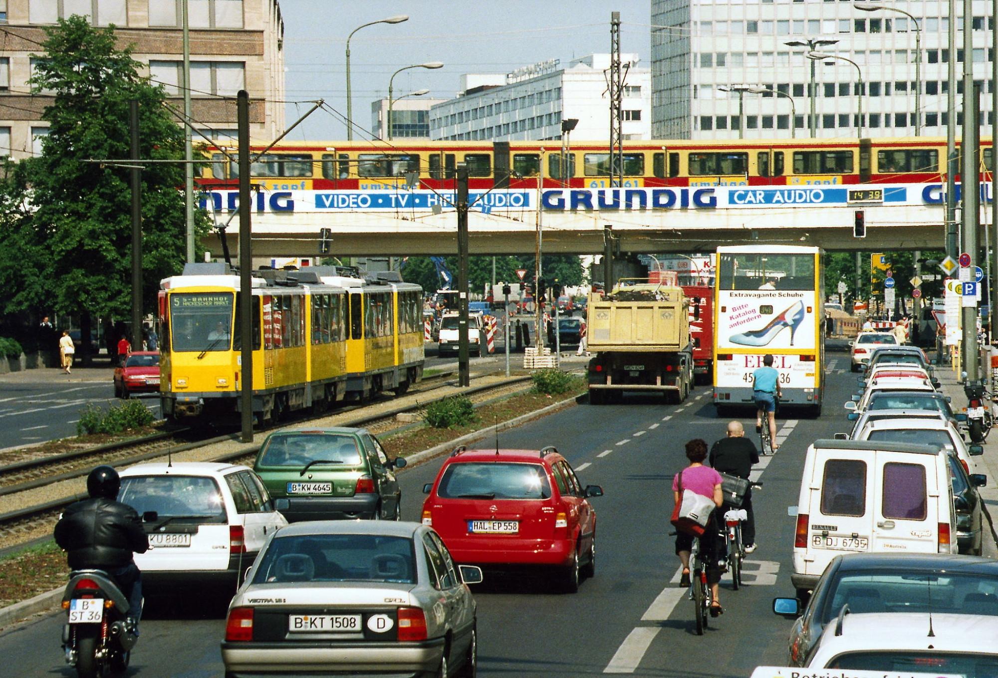 2000 Berlin karlliebknechtstrasse