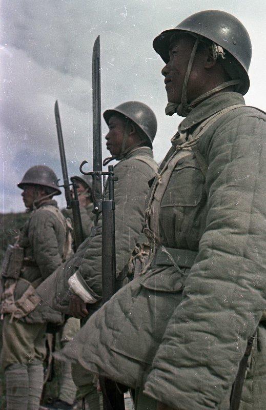 1949 Бойцы Народно-освободительной армии Китая