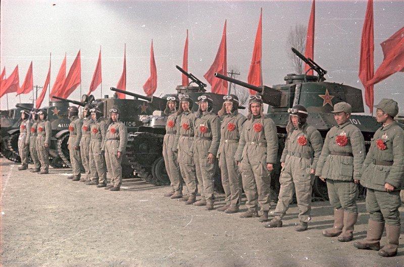 1949 Китайские танкисты. В день юбилея И.В. Сталина