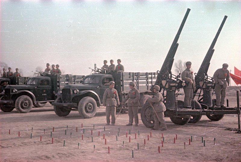1949 Зенитные батареи. В день юбилея И.В. Сталина