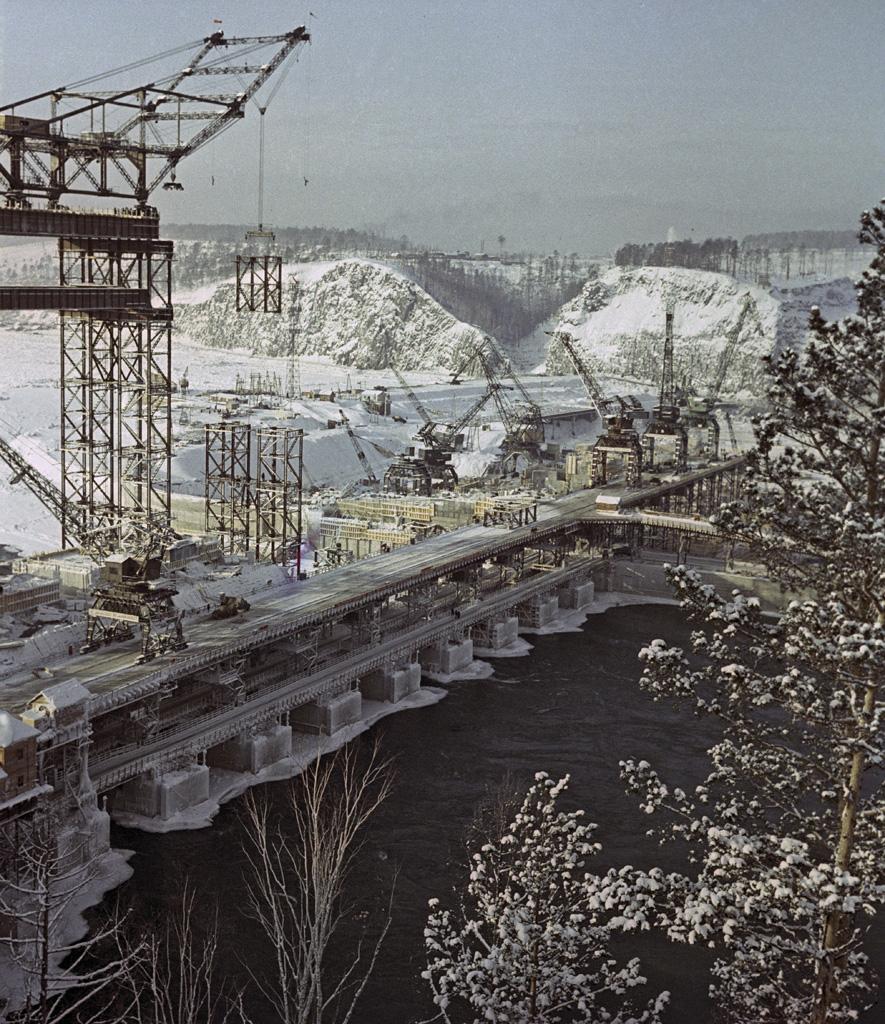 1960 Вид на плотину Братской ГЭС Альперт
