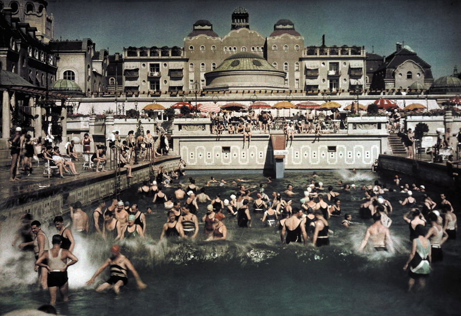 1930 Gellert Bath