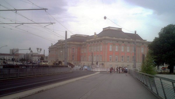 IMG00728_Potsdam_Platzeckpalast_small_crop