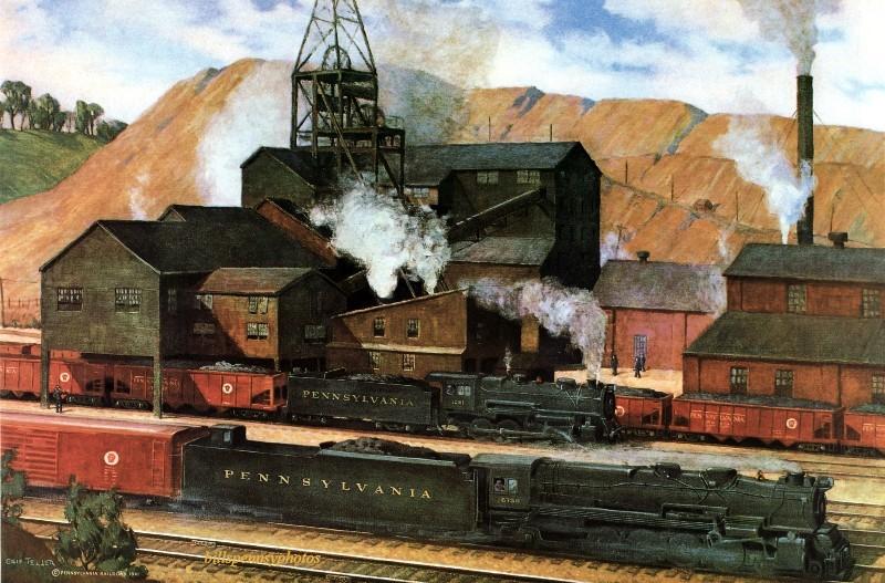 1942. Партнеры по национальной обороне.  Паровоз грузового поезда проезжает угольную шахту, штат Пенсильвания.